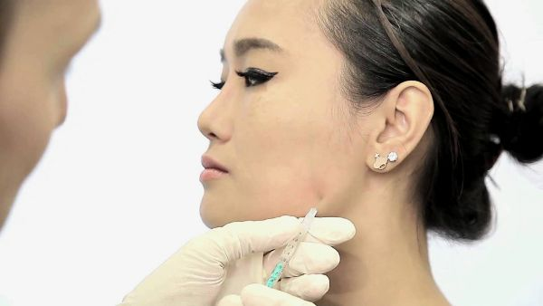 The Pros And Cons of Using Botox for TMJ